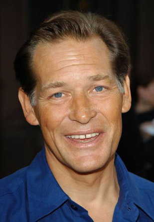 The 64-year old son of father S. Roy Rema and mother Elizabeth Mary, 179 cm tall James Remar in 2018 photo