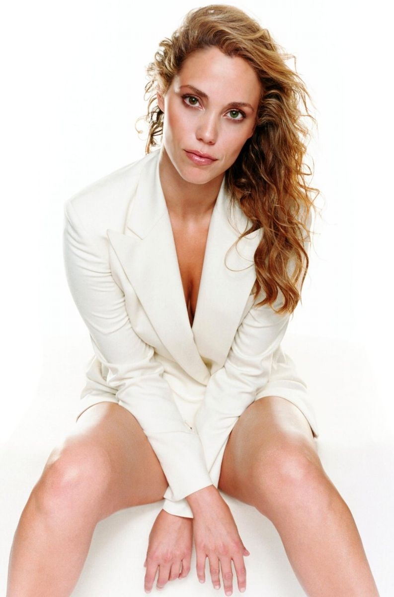 Elizabeth Berkley - Gallery Photo Colection