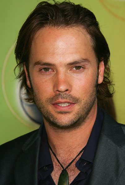 Barry Watson earned a  million dollar salary - leaving the net worth at 1 million in 2018