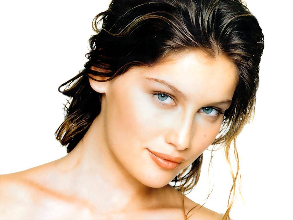 http://static.cinemagia.ro/img/db/actor/00/41/09/laetitia-casta-917588l.jpg