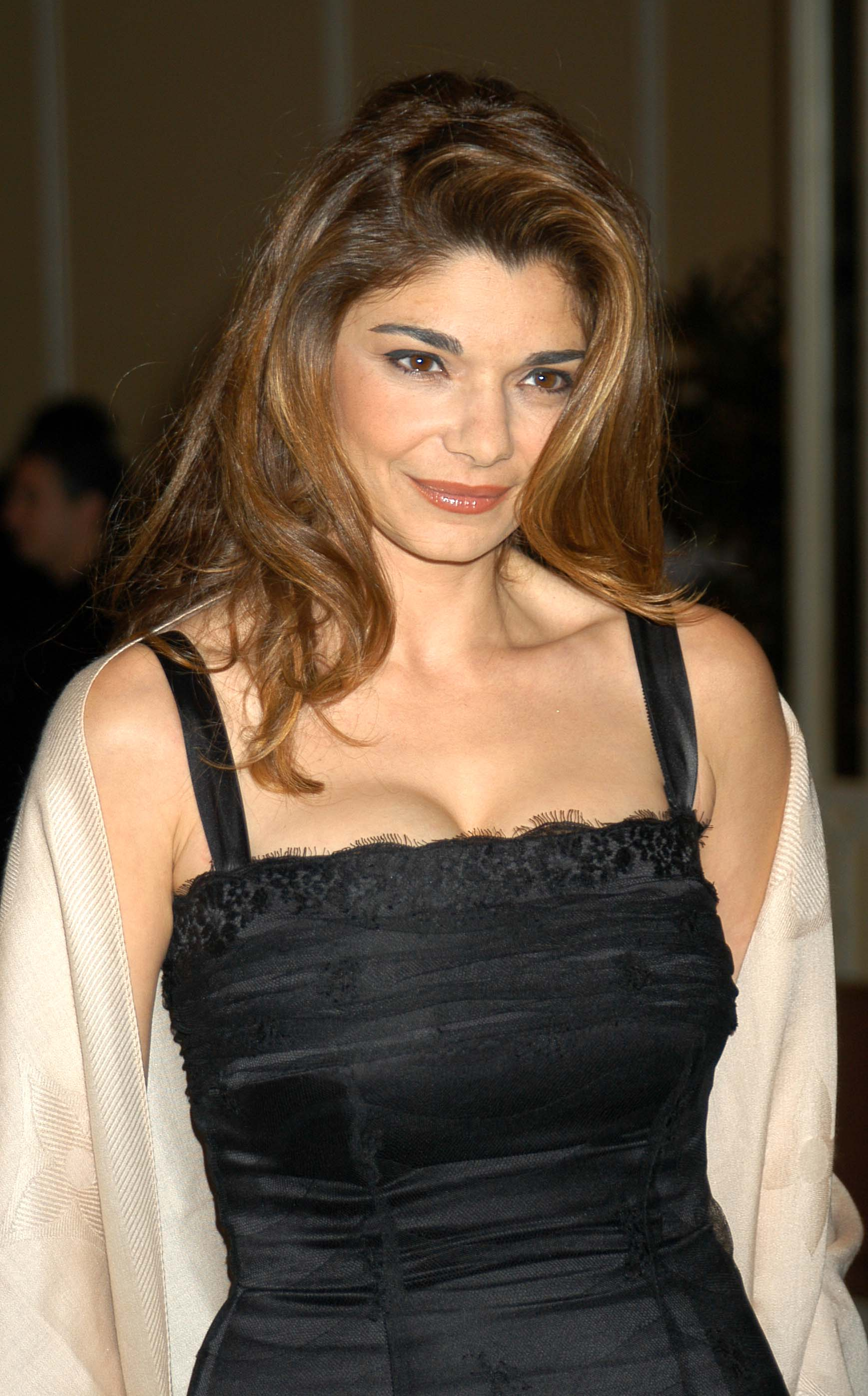 Laura san giacomo under suspicion