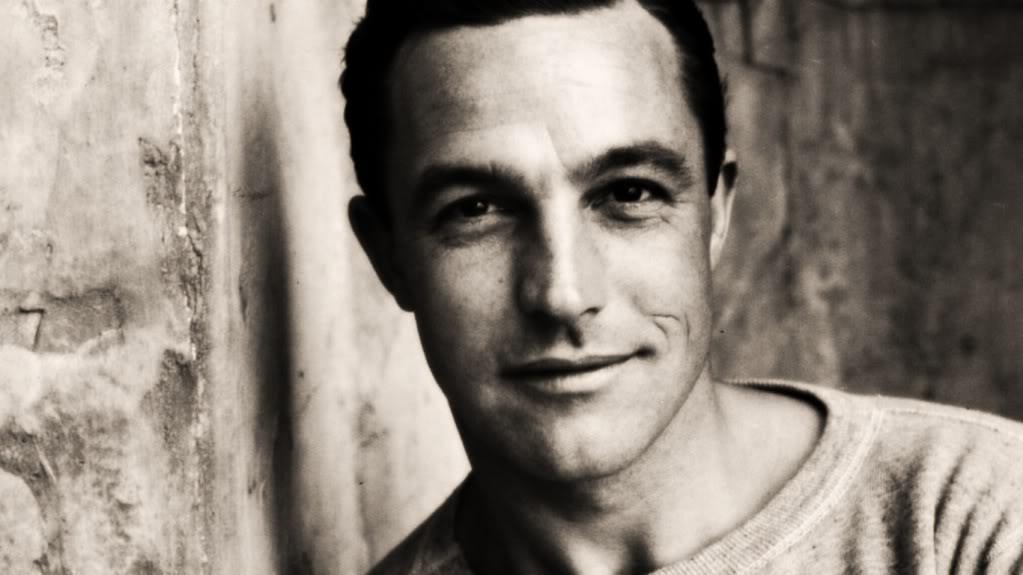 Gene Kelly - Picture Hot