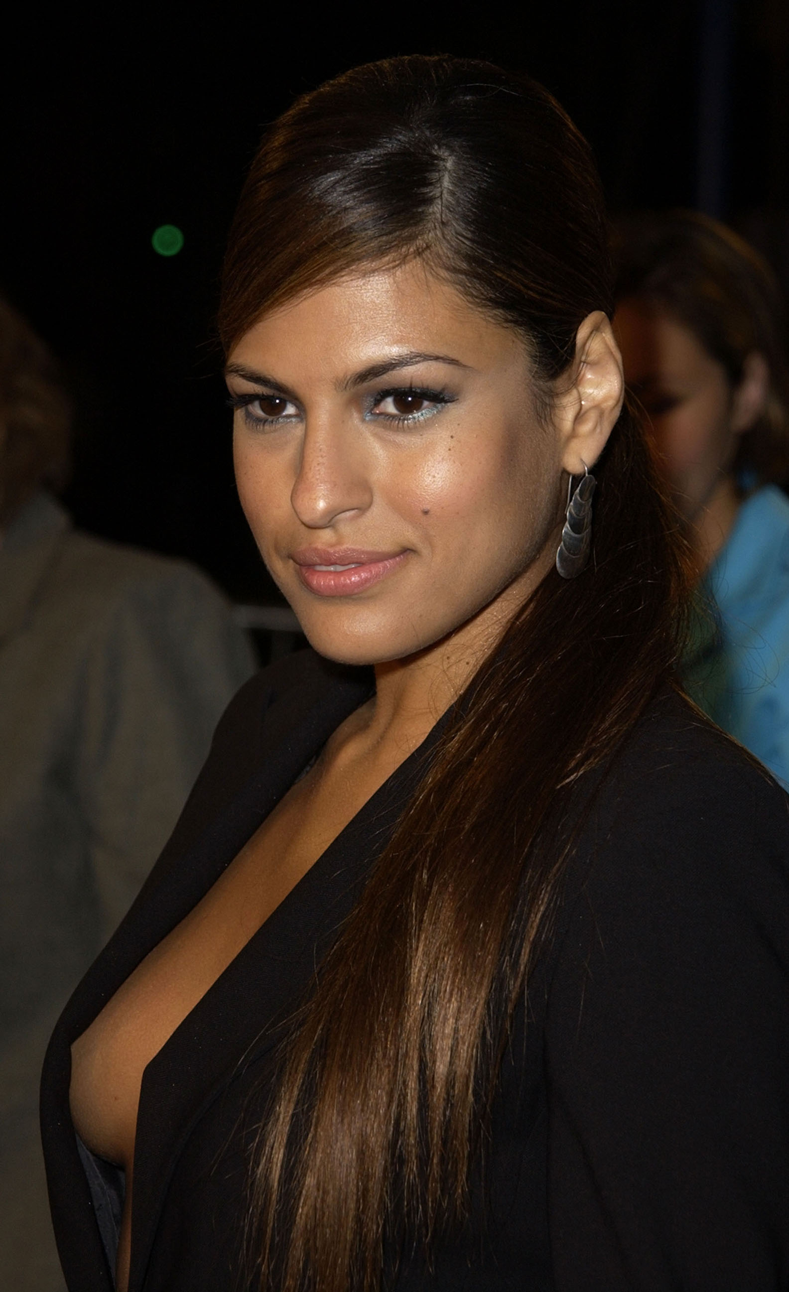 Eva Mendes Actress - Wallpaper