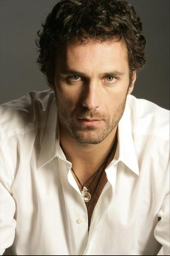 Raoul Bova - HD Wallpapers