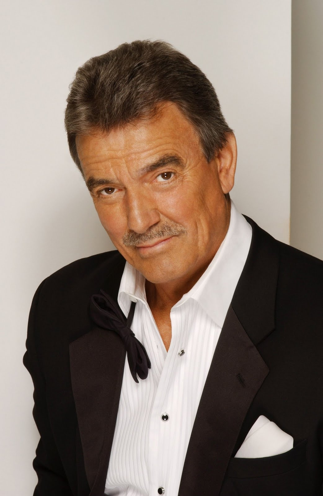 The 77-year old son of father (?) and mother(?), 185 cm tall Eric Braeden in 2018 photo