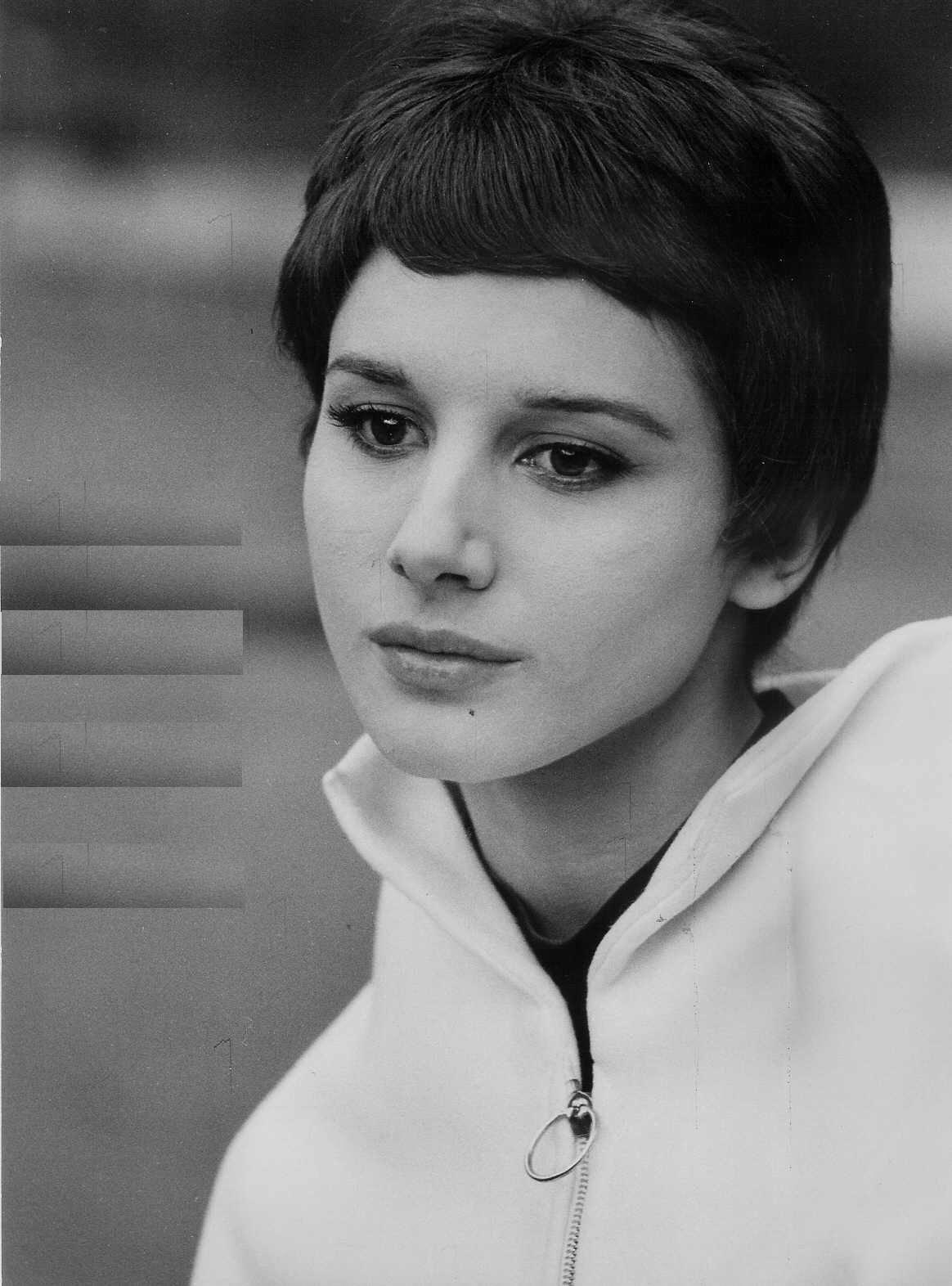 Janet Davies (actress)