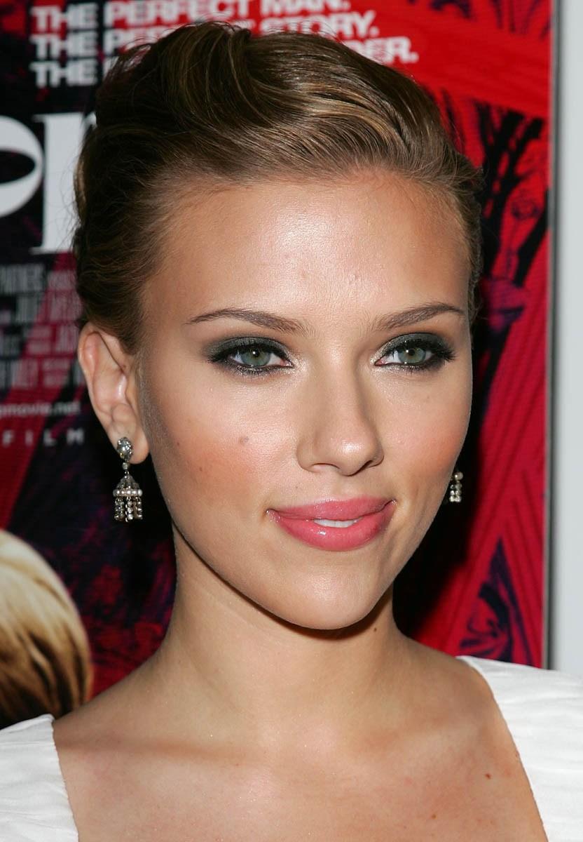 Scarlett Johansson Scarlett-johansson-167594l