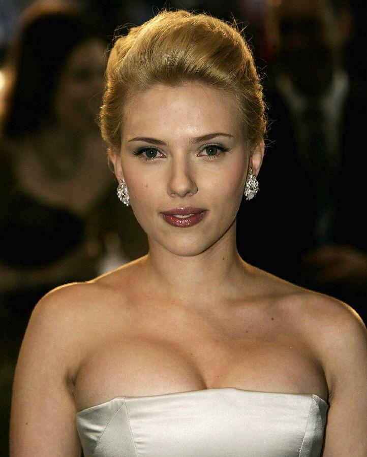 Scarlett Johansson Scarlett-johansson-829865l