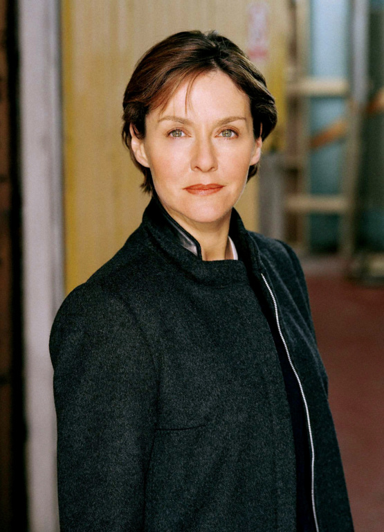 amanda burton husband