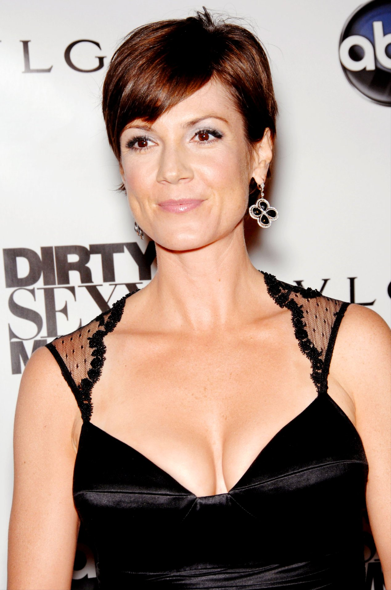 Zoe Mclellan - Wallpaper Gallery