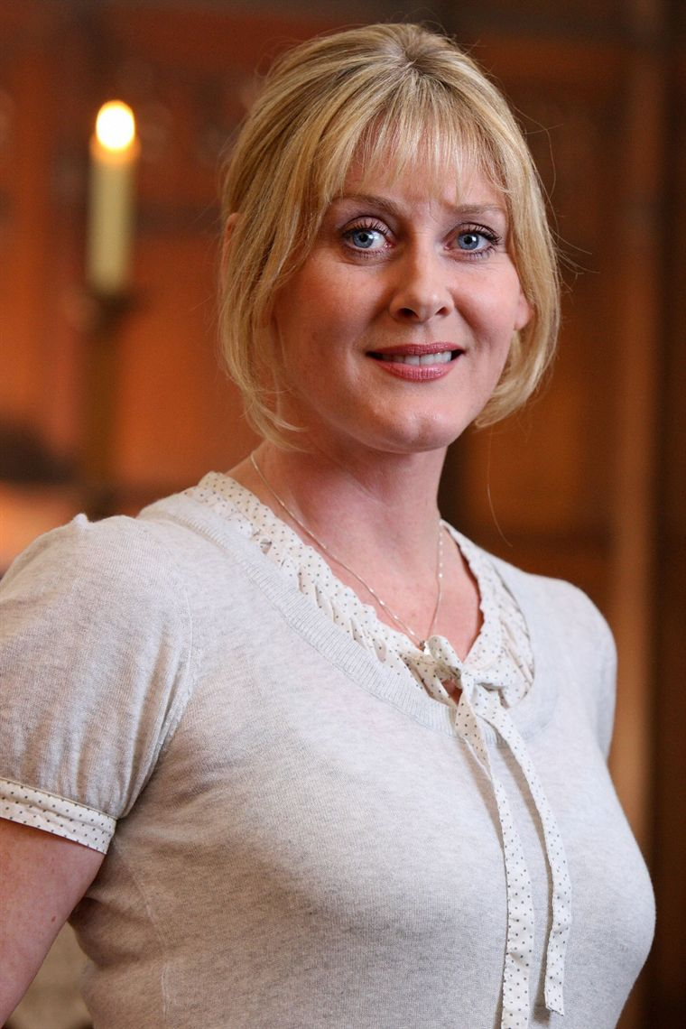 sarah lancashire where the heart is