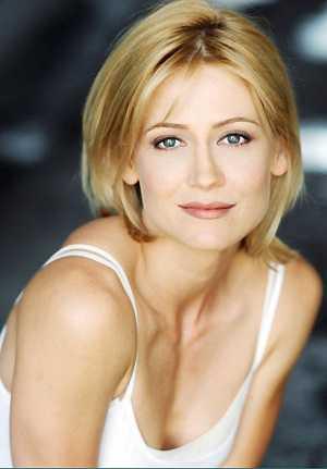 Kelly Rowan 2014