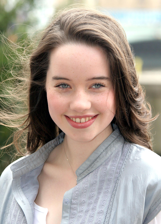 Anna Popplewell  121