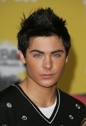 zac efron 2011 hair. on 08.04.2011 13:48