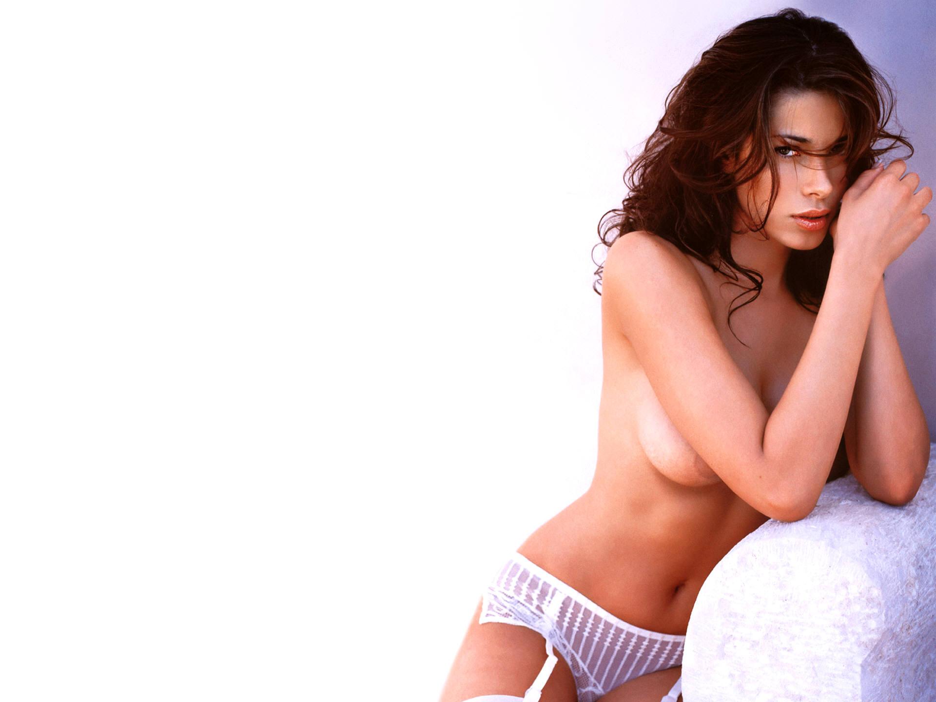 Aida Yespica - Photo Set
