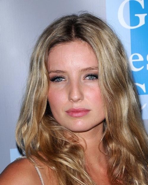 Annabelle Wallis - Photo Actress