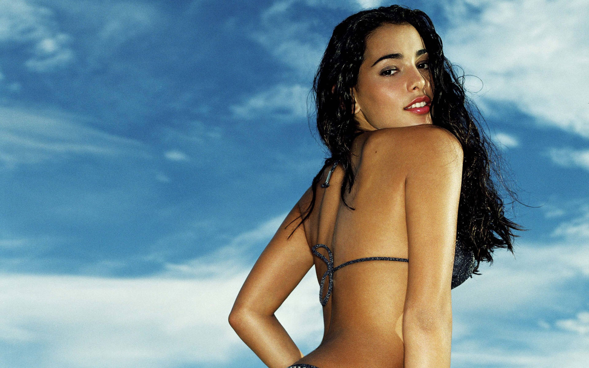 natalie martinez hot wallpaper - photo #19