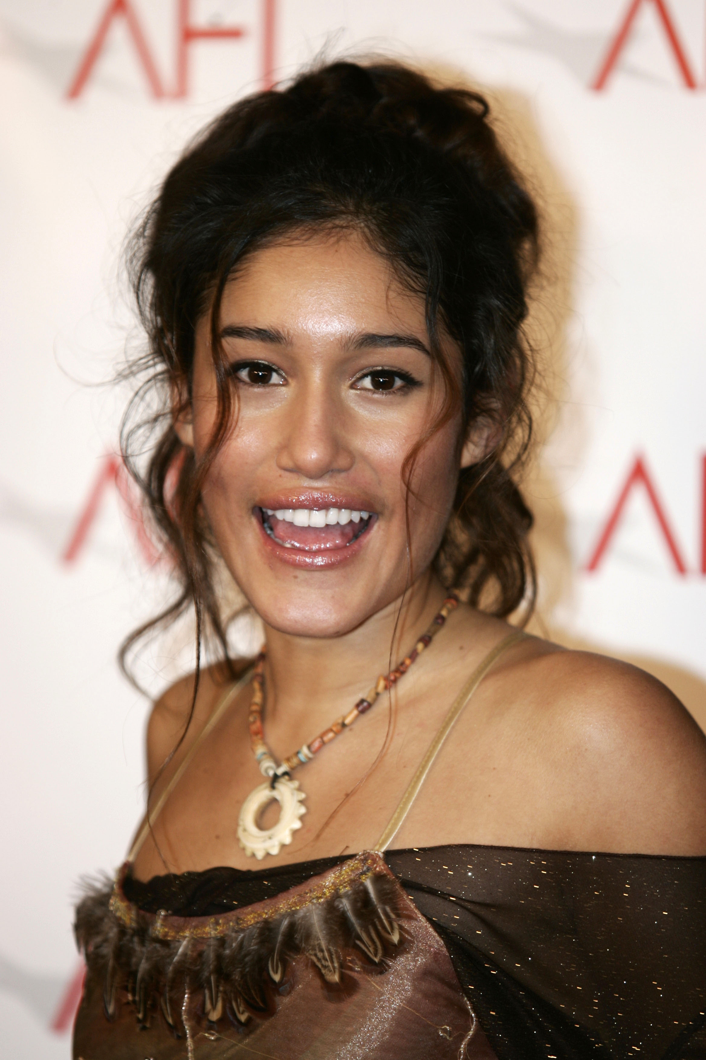 qorianka kilcher 2017 - photo #18