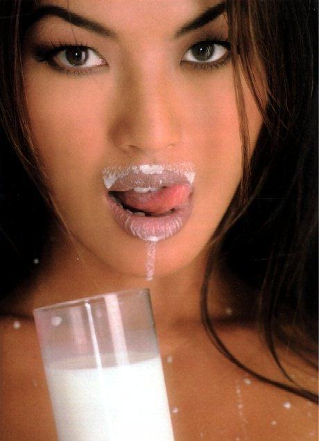 Мастурбация сперма на лице и эротика  301971