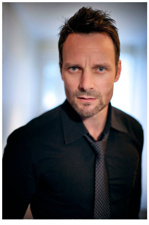 ryan robbins once upon a time