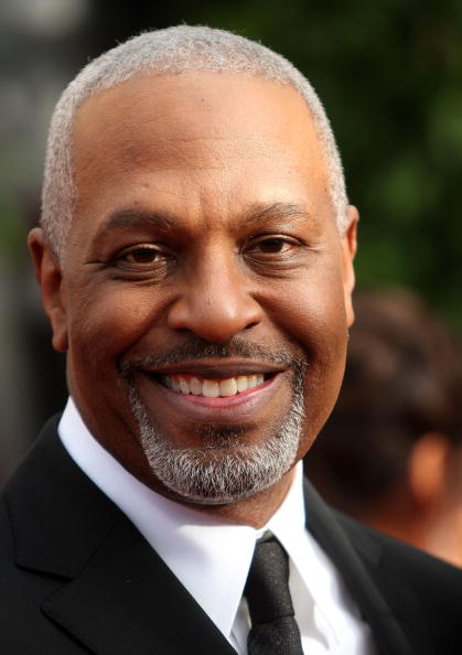 The 63-year old son of father James Pickens Sr. and mother(?), 183 cm tall James Pickens Jr. in 2018 photo
