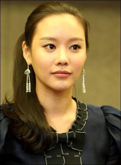 Ah-jung Kim Nude Photos 94