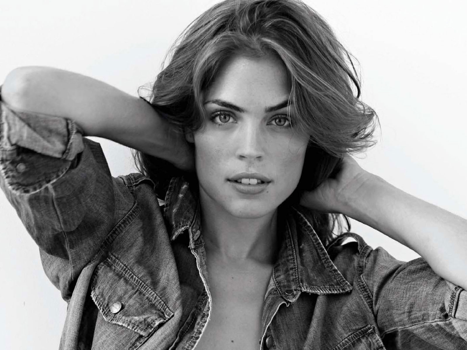 kelly thiebaud biography