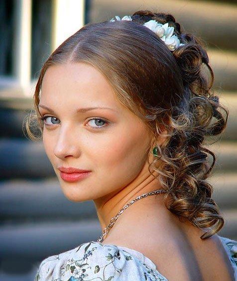 Ekaterina Vilkova,, 100 % Rusia | Eyes and lips | Pinterest: https://www.pinterest.com/pin/229965124695416263
