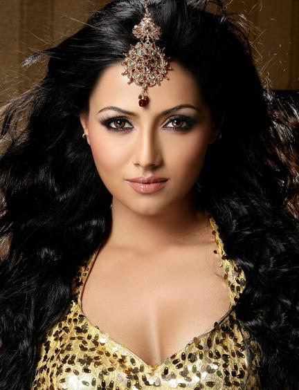 Sana Khan Actor Cinemagiaro