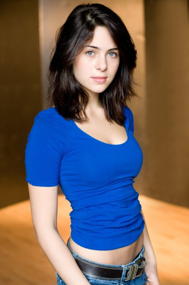 Holly Deveaux - Actor ...