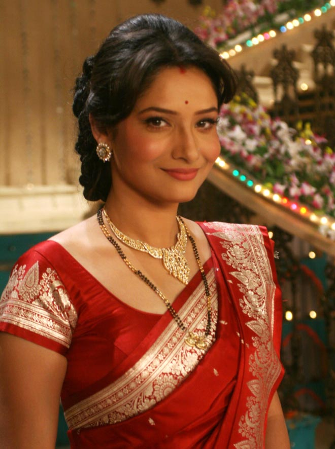 Ankita Lokhande earned a  million dollar salary, leaving the net worth at 3 million in 2017