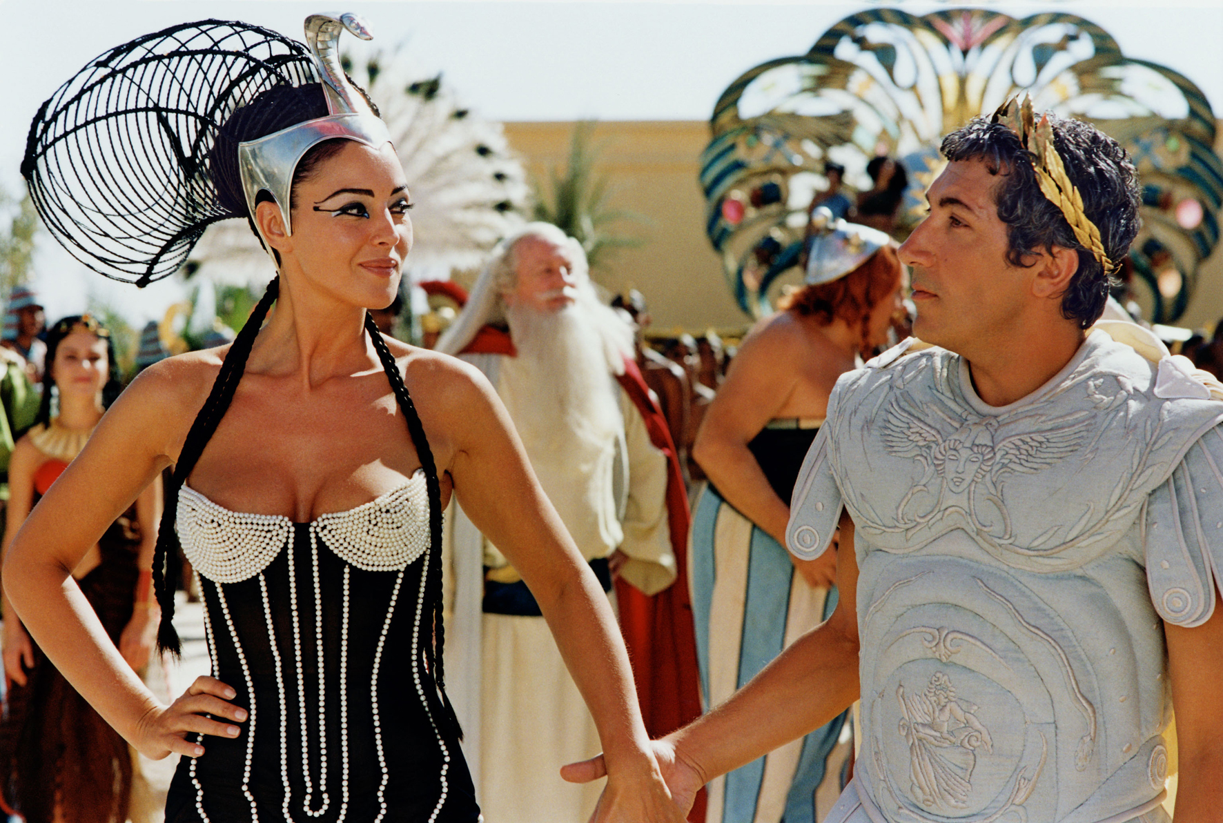 asterix and obelix meet cleopatra movie costumes