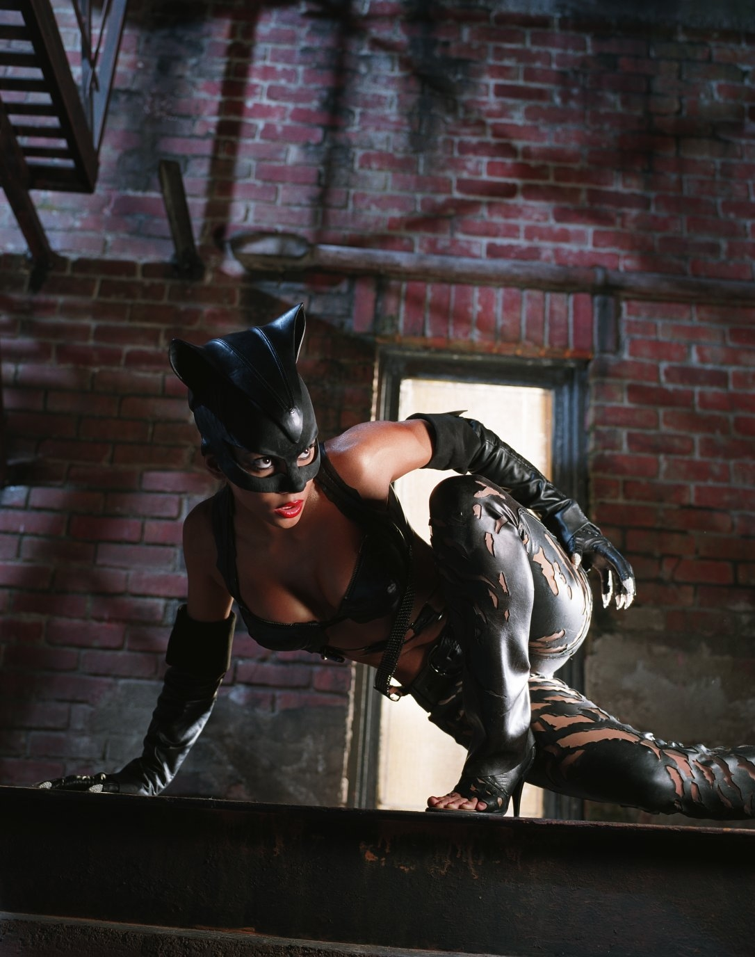 Foto hot catwoman topless nude movies