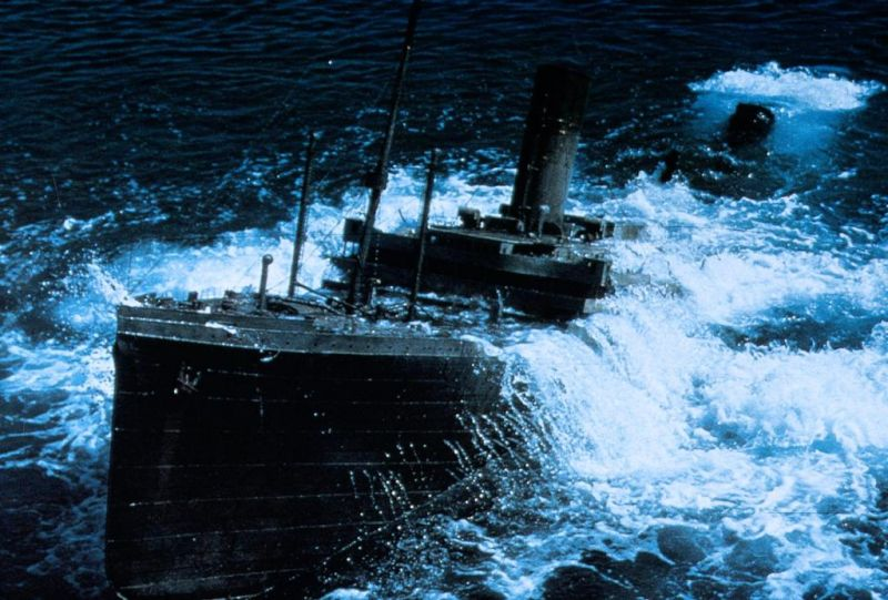 Raise the Titanic Movie - Bing images Raising The Titanic