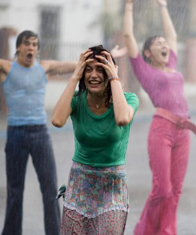 60. Gönülçelen -Inima furata - Heart Stealer - General Discussions - Comentarii - Pagina 39 Summer-rain-429320l