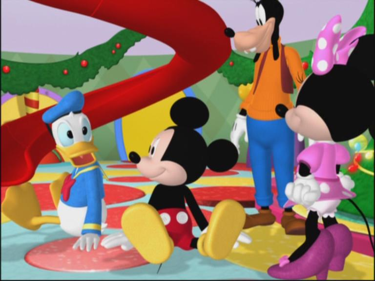 Mickey mouse club house mickey saves santa 791845l