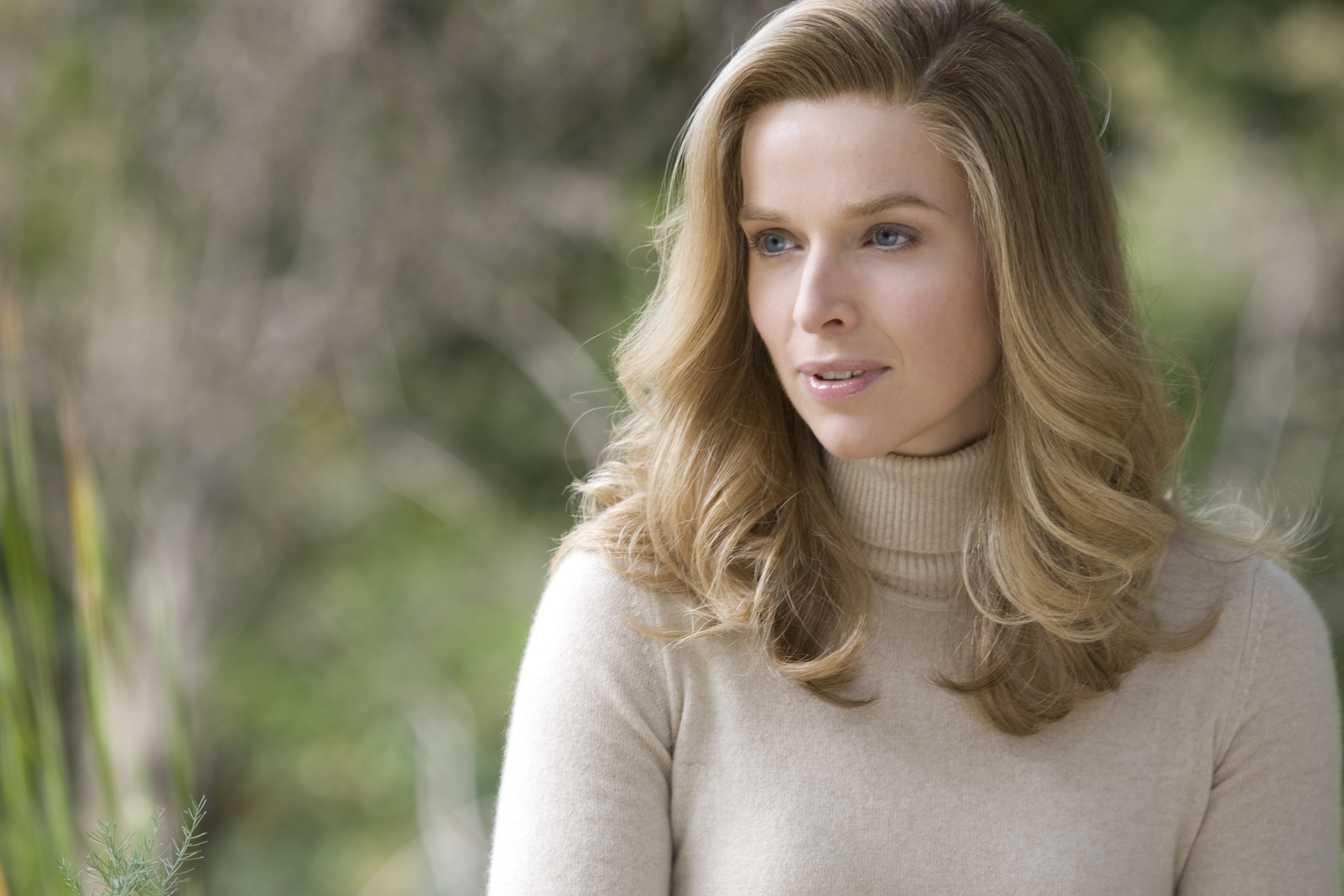 Thekla Reuten Dutch actress very hot and beautiful ...