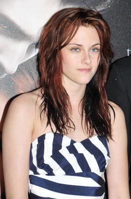 Kristen Stewart - Pagina 7 Kristen-stewart-791012l-poza