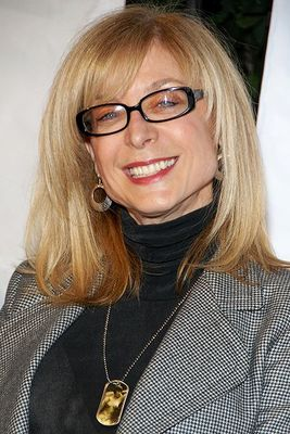 Nina Hartley - poza 1