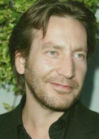 Ronan Vibert