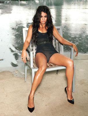 Vanessa Hudgens - Pagina 4 Vanessa-hudgens-948693l-poza