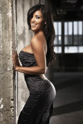 Kim Kardashian West - poza 1