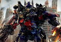 Articol Transformers: Dark of the Moon bate recorduri la box-office