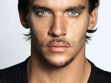 Jonathan Rhys Meyers, vânător de demoni în The Mortal Instruments