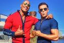 Articol Dwayne Johnson şi Zac Efron - iată cât de sexy vor arăta şi înainte să se lupte cu valurile în Baywatch