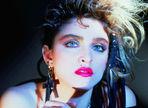 Studiourile Universal vor realiza un film biografic despre Madonna