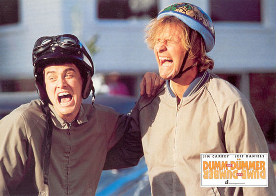 Jim Carrey, Jeff Daniels în Dumb & Dumber