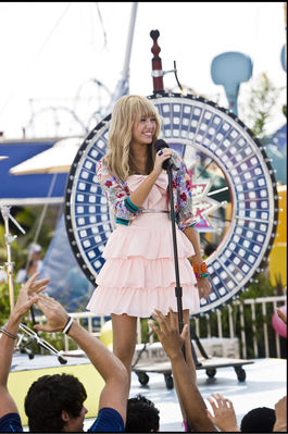 Miley Cyrus Hannah Montana  Movie on Miley Cyrus   N Hannah Montana  The Movie