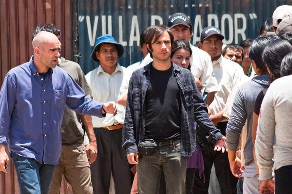 Gael García Bernal, Luis Tosar în También la lluvia