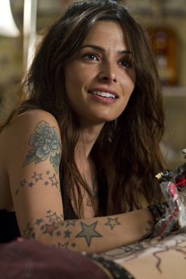 Sarah Shahi în Bullet to the Head